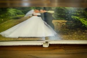 Hochzeitsalbum mit Layflat-Bindung und planliegenden Doppelseiten