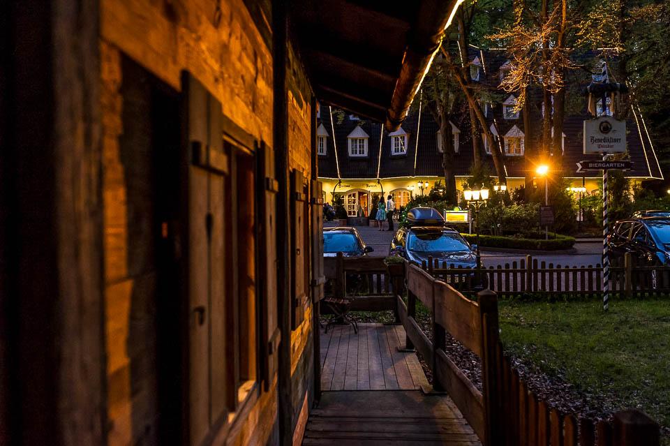 Waldhaus Reinbek Hochzeitsportrait bei Nacht